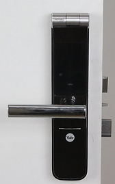 Yale 40 digital lock is a mortise lock, much more secure tha other rim digital lock | yale ymf 40 is a mortise lock