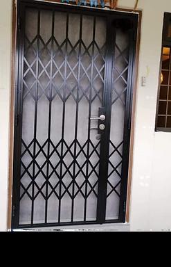 Retro Design Mild Steel Gate HH 525.png