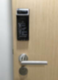 Yale 4110 digital lock installed on main door without dismantling existing handle | Yale digital lock Singapore