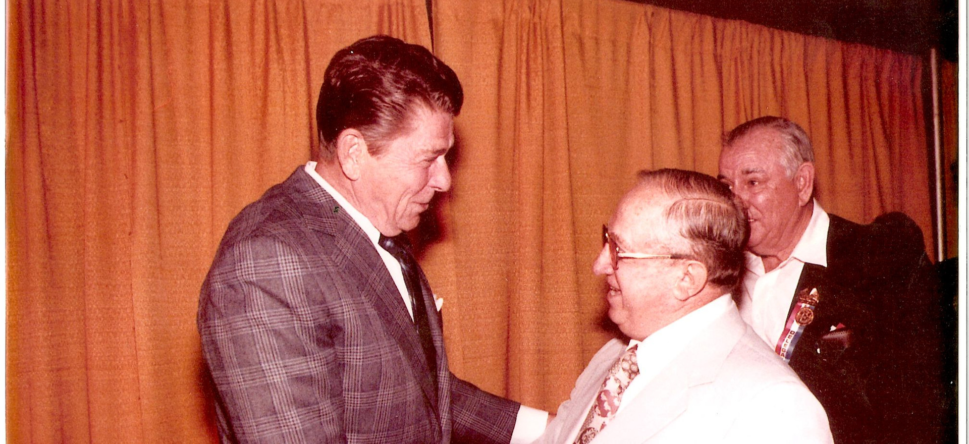 Reagan thanks Alfred Antenucci (for whic