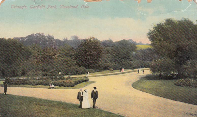Garfield Park early 1900s - Copy.jpg