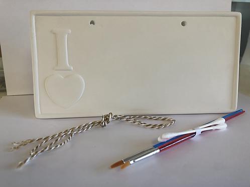 I LOVE ❤️ Plaque Ceramic + Paints Kit
