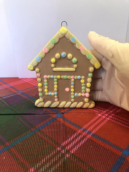 Gingerbread house tree hanger Ceramic + Paints Kit