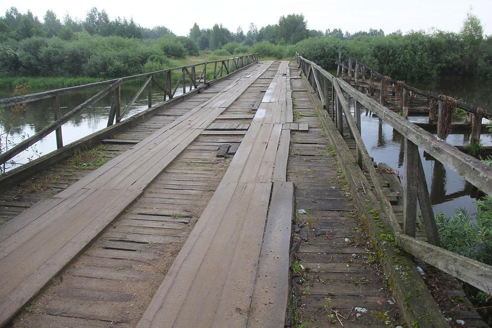 Мост у Дзялятычах праз Нёман, 2002 год.