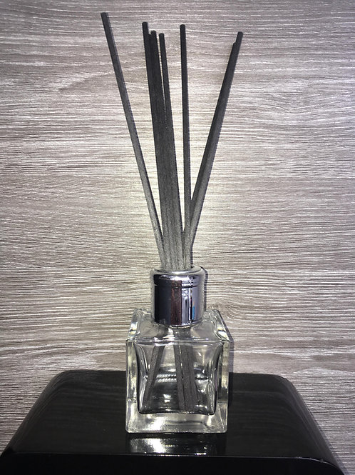 FEMALE SCENTS REED DIFFUSERS