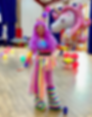 Unicorn with Balloon.png