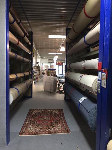 Teppich und CV Abteilung (PVC)