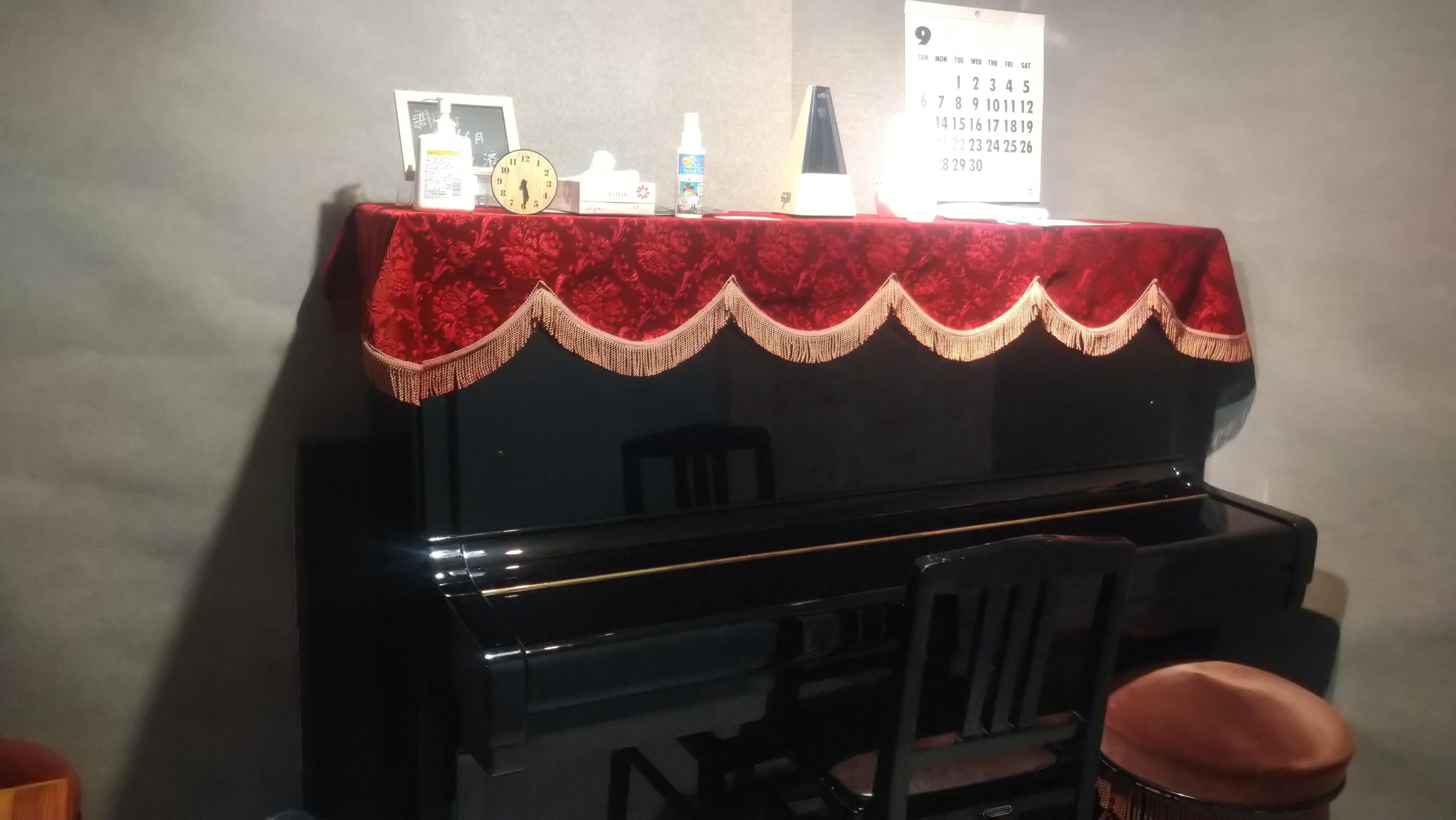 ピアノ室(1階)楽器使用可能