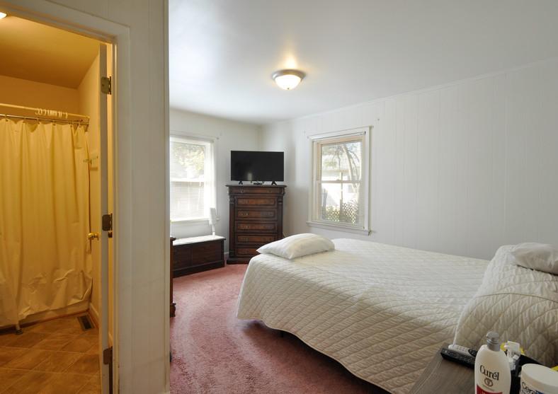 5035.Tara.bedroom.TIMSNYDERPHOTO2019-1.j