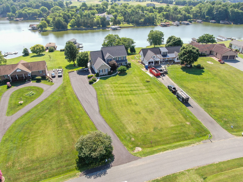 6749.LakePointe.aerial.TIMSNYDERPHOTO2021-2.jpg