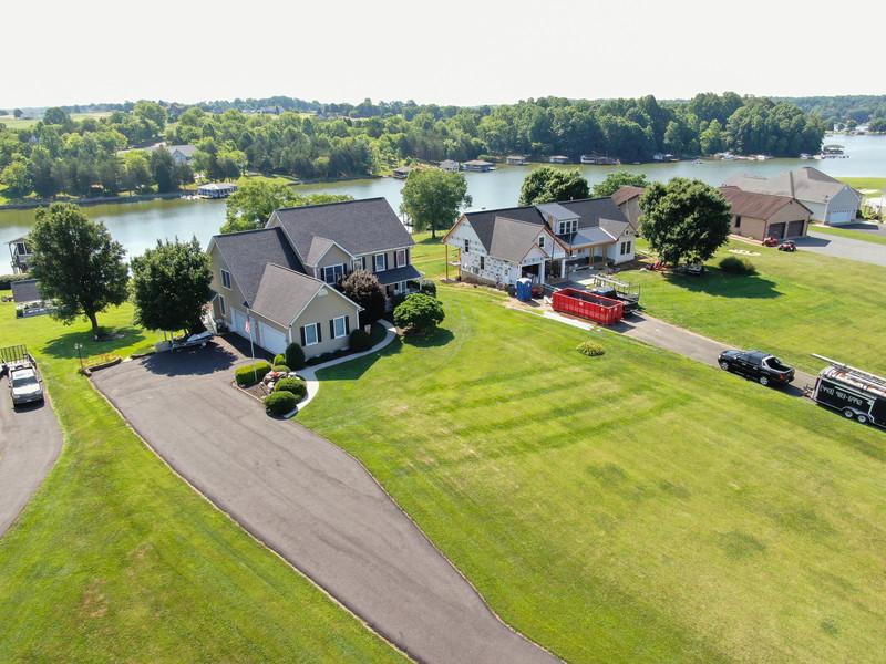 6749.LakePointe.aerial.TIMSNYDERPHOTO2021-4.jpg