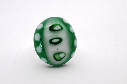 "Bague ""Yochi"" ovale verte et blanche en verre de Murano"