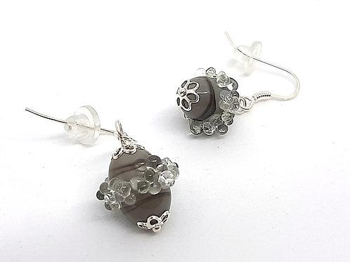 """Boucles d'oreilles """"Cendrillon"""" grises en verre filé"""