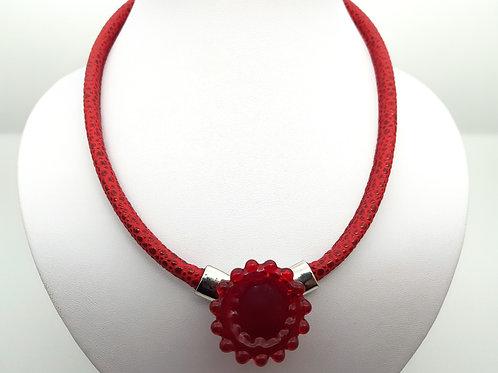 Collier rouge en verre de Murano