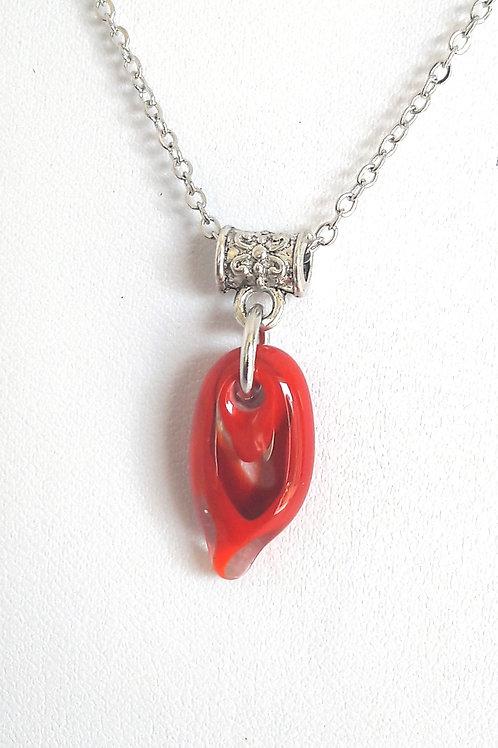 """Petit pendentif """"Larmichette"""" rouge en verre de Murano"""