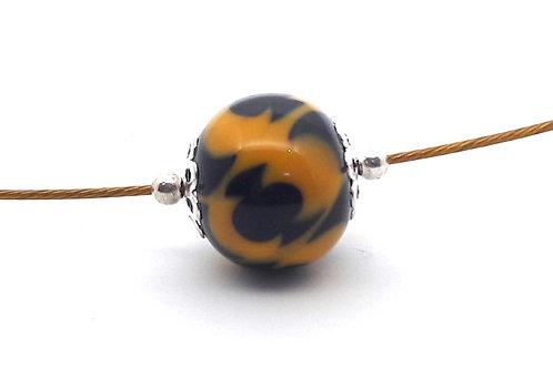 Tour de cou une perle jaune et noire