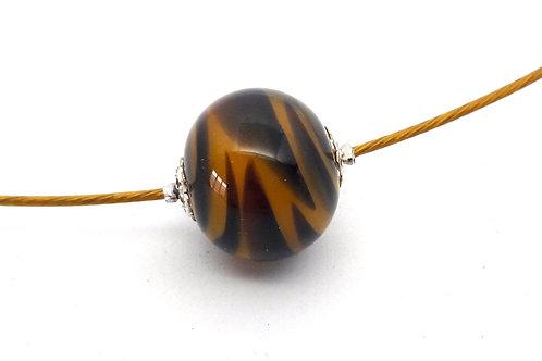 Tour de cou une perle noire et jaune