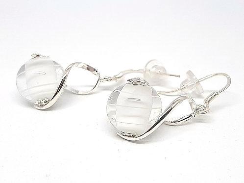 """Boucles d'oreilles """"Les enlacées"""" blanches et transparentes en verre de Murano"""