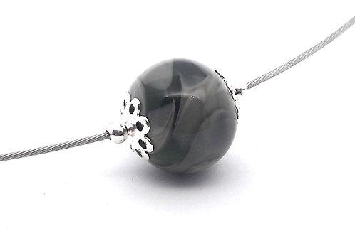 Tour de cou une perle grise en verre filé