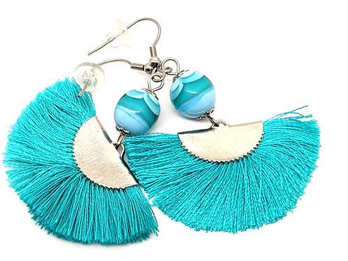 """Boucles d'oreilles """"Vahiné"""" bleu turquoise avec pampilles en verre de Murano"""