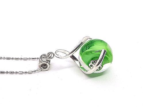 "Pendentif ""L'enlacée"" perle en verre de Murano vert et transparent avec torsade"