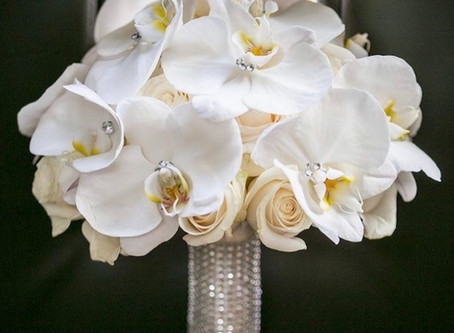 All the Info you Need Before Choosing a Bridal Bouquet