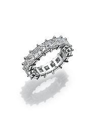 anniversary diamond ring,