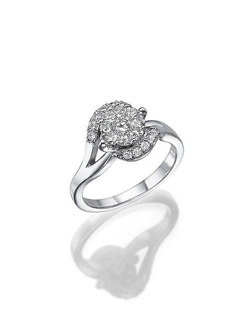 Solitaire ring, Engagemant ring, Round shape diamond Solitaire ring