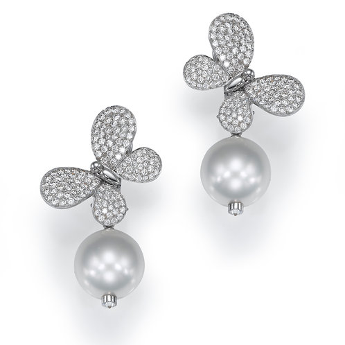Earring  LP 2756 Papillon ,  Diamonds and Pearls