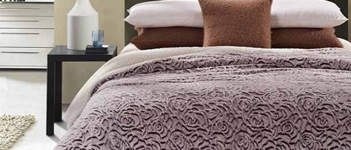 Rose Faux Fur Luxury Filled Plush Blanket