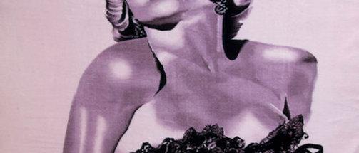 Marilyn Pink Stocking