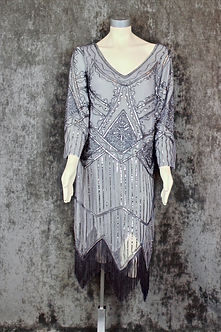 20s-gray-flapper-dress_edited.jpg