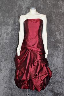 burgundy-strapless-gown.jpeg