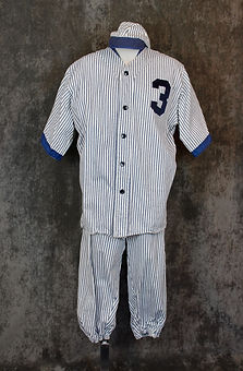 vintage-baseball-player.jpeg