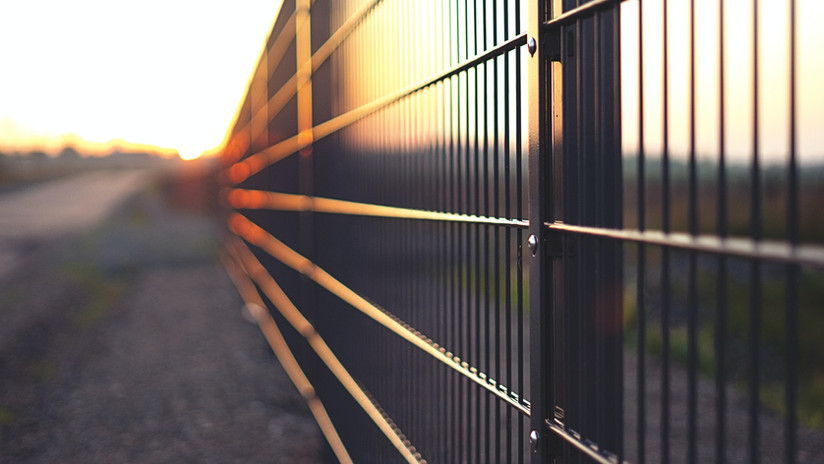 Commercial & Chain Link