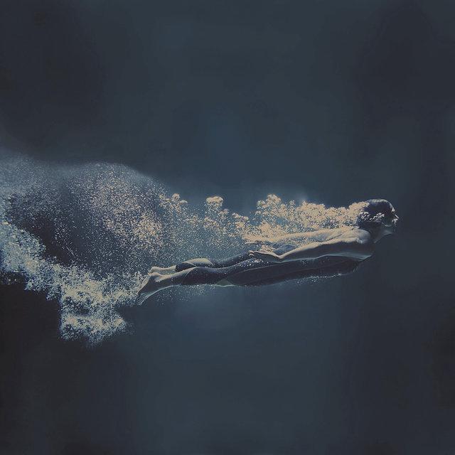 Underwater Dive_edited_edited_edited.jpg