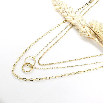 Collier triple Isa