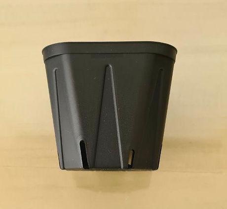 square pot black 3.jpeg
