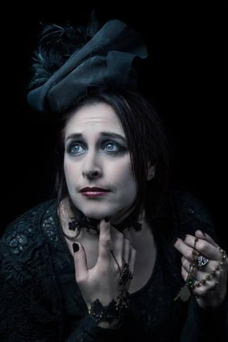 halloween widow
