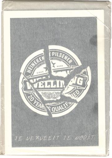 'Ach & W'. (1998, oplage 600 exemplaren). 15 ontwerpen van affiches, op grote kaarten in een enveloppe voor de mogelijke viering van het twintigjarig jubileum in 1998. Van o.a. van Jeroen Henneman, Frits Müller, Ton van der Spruit, Michiel Schierbeek, Waldemar Post. Met teksten van Ernst Ris op de achterzijde.