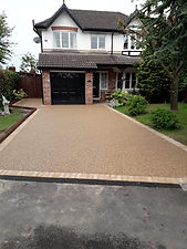 Resin Bound Driveways Manchester.jpg
