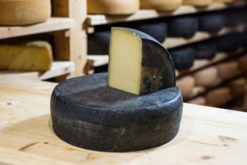 """""""Spätburgunder Käse"""" 150-160g/Stück"""