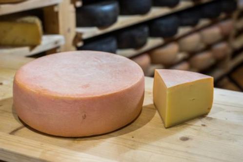 """""""Zisterzienser Käse"""" 140-150g/Stück"""