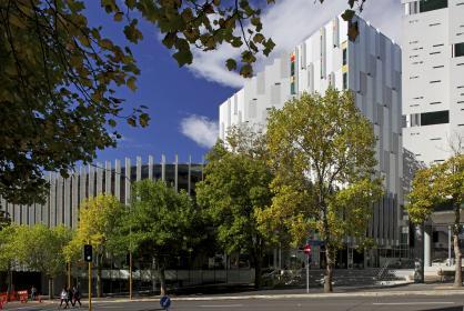 Sir Paul Reeves Building
