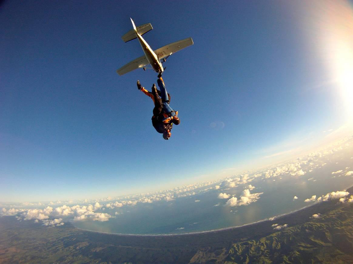Blueskies Skydiving_65119.jpg