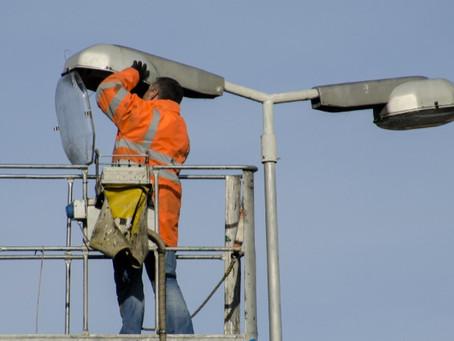 Cautelar determina suspensão de licitação de serviços de iluminação pública de Piúma