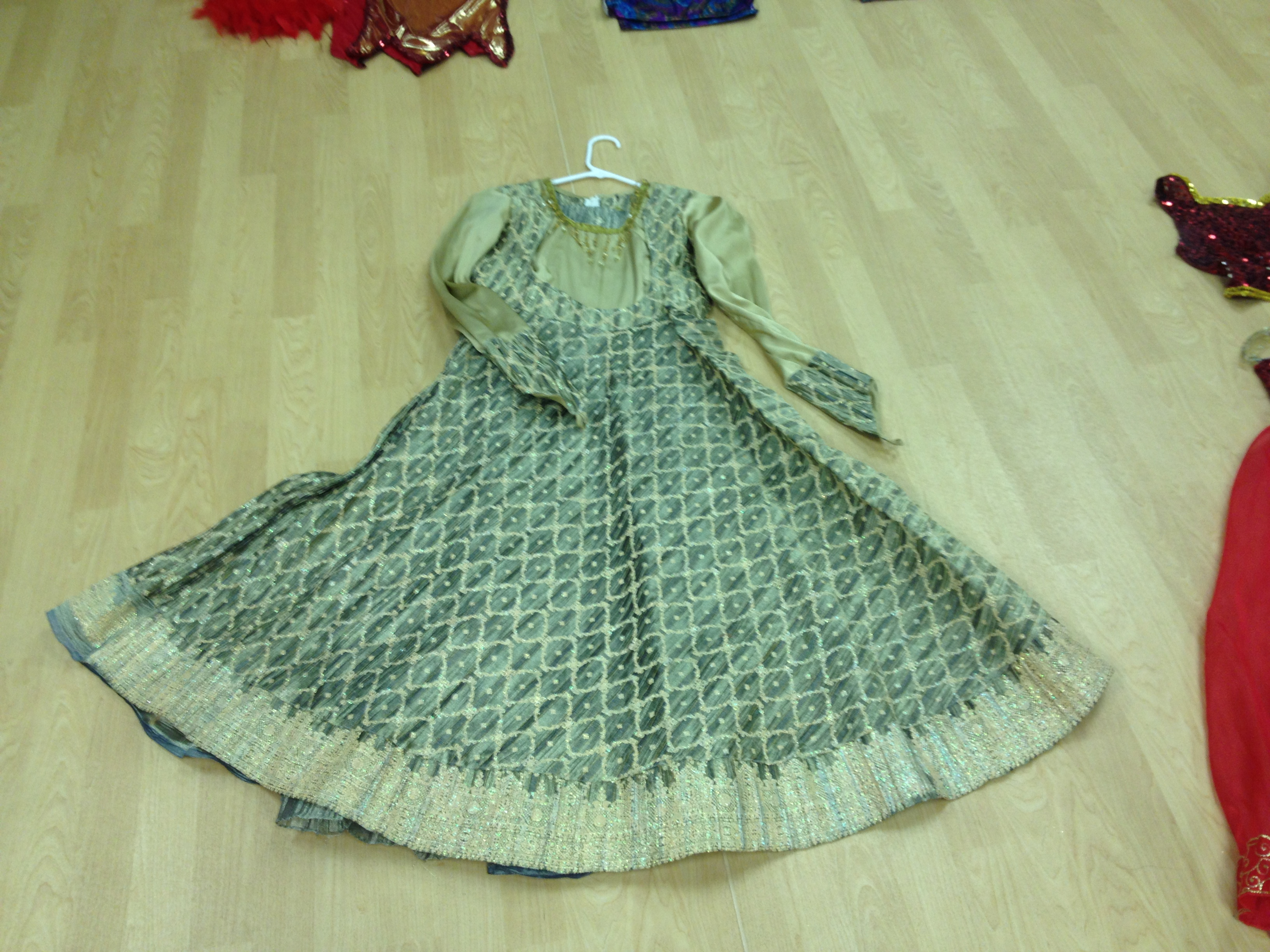 Green & Sparkle/Gold Mujra Costume