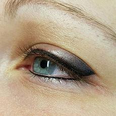 Smokey eyes created with Permanent makeu
