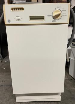 """GE 18"""" White Stainless Steel tub dishwasher $225"""