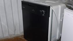 Black Plastic tub Dishwasher $125
